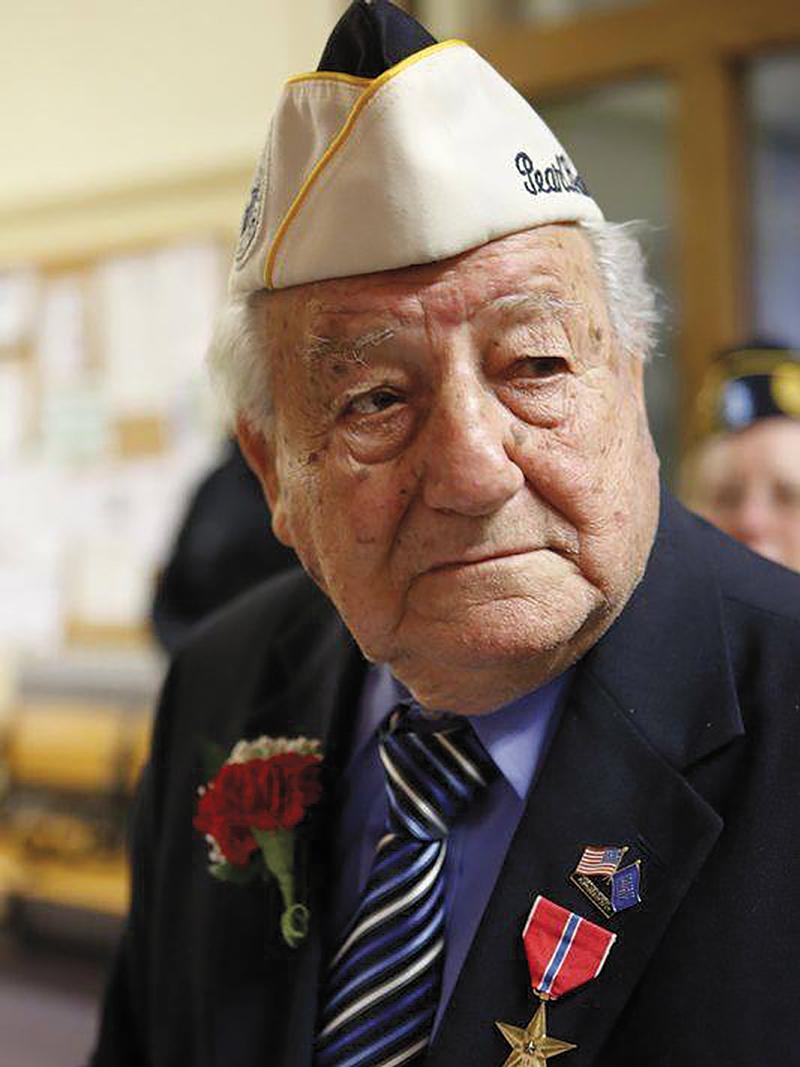 ARMANDO 'CHICK' GALELLA, HERO, DIES AT 100