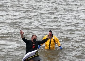 Hudson River plunge
