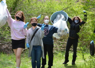 EF Students Collecting Garbage